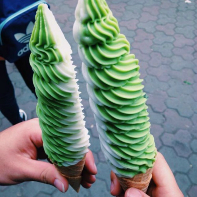 where-to-find-ice-cream-with-a-twist-in-hanoi-2