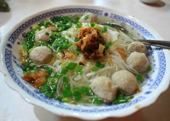 while-hanoi-has-pho-saigon-has-hu-tieu-1
