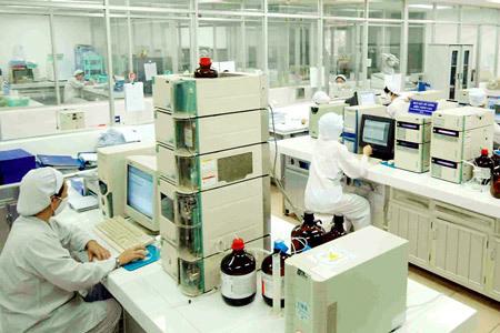 Japanese pharma invests nearly $100 million in Vietnamese medicine maker