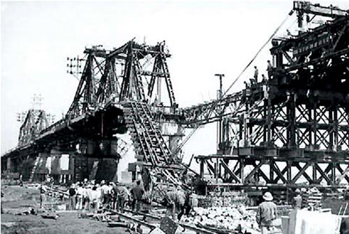 Long Bien Bridge after an air raid