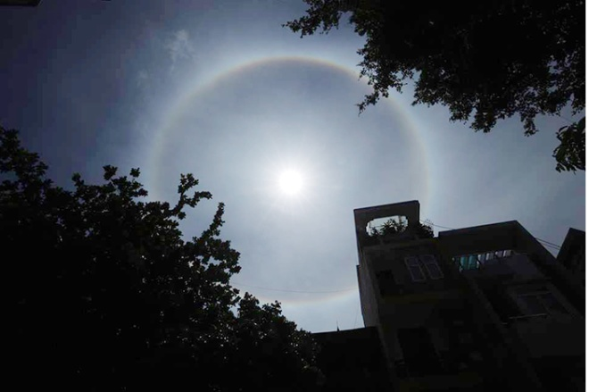 stunning-sun-halo-makes-special-appearance-in-the-sky-in-vietnam-7