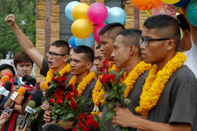 thai-police-detain-four-for-opposing-juntas-draft-constitution