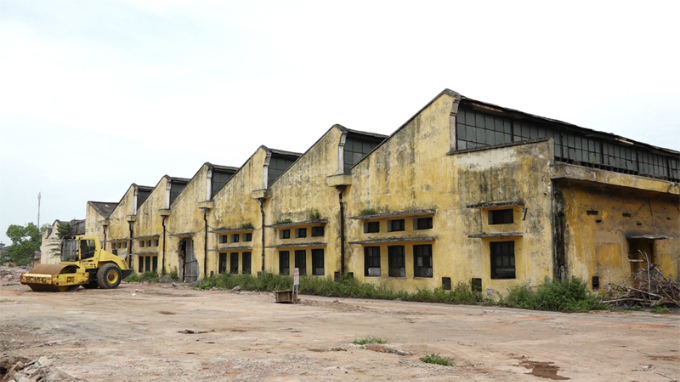 end-of-an-era-for-indochinas-former-mega-factory