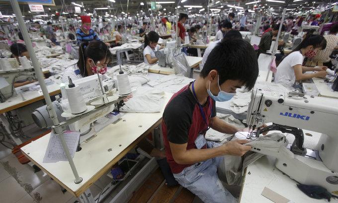 Vietnam mulls lowest minimum-wage hike in 4 years
