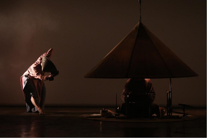 non-contemporary-dance-conical-hat-2