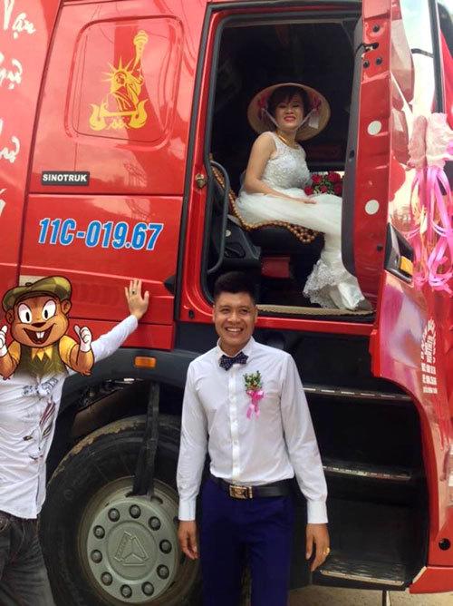 groom-uses-cargo-trucks-as-wedding-car-3