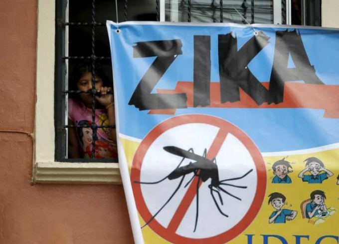 A banner seen in Tegucigalpa, Honduras. Photo by Reuters/ Jorge Cabrera