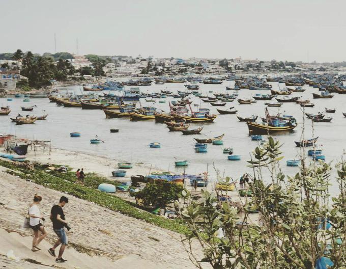 70-tourists-suffer-food-poisoning-at-popular-vietnamese-beach-resort-1