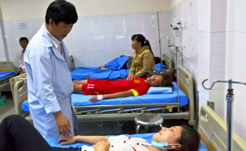 70-tourists-suffer-food-poisoning-at-popular-vietnamese-beach-resort
