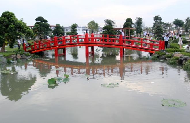 saigon-opens-its-biggest-ever-riverside-park-6