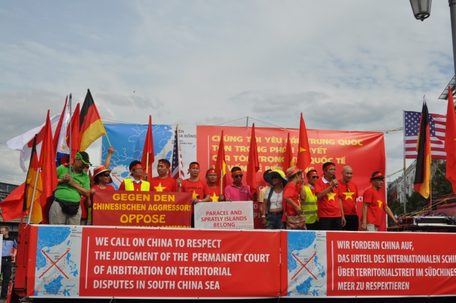vietnamese-in-germany-demand-china-respect-hague-ruling