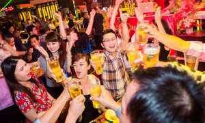 Boozing leads to stomach cancer hike among young Vietnamese