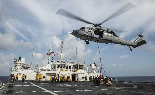 vietnamese-navy-conducts-rescue-missions-with-us-hospital-ship-11