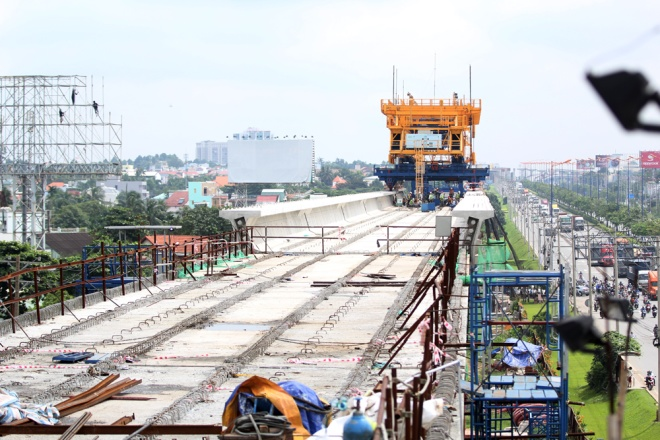 saigons-first-metro-line-in-the-making-a-closer-look-8