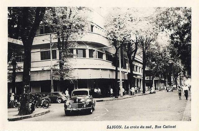 SAIGON - LA CROIX DU SUD - RUE CATINAT