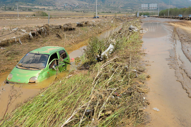 macedonia-declares-state-of-emergency-after-21-die-in-flash-floods-1