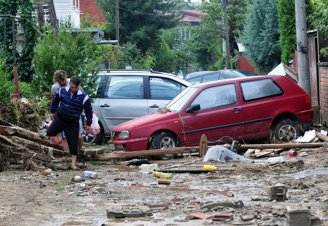 macedonia-declares-state-of-emergency-after-21-die-in-flash-floods-6