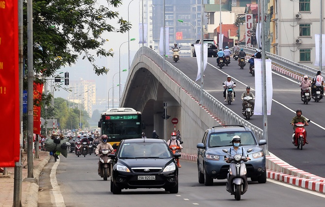 An overpass in Hanoi. Photo by VnExpress/Ba Do