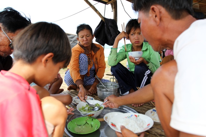 no-money-no-papers-stateless-vietnamese-return-home-from-cambodia-3