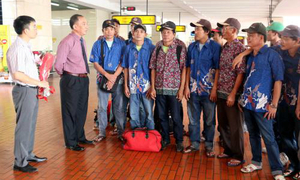 Indonesia releases 49 illegal Vietnamese fishermen