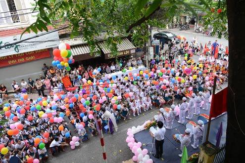 Hanoi to deodorize toilet stink at public schools
