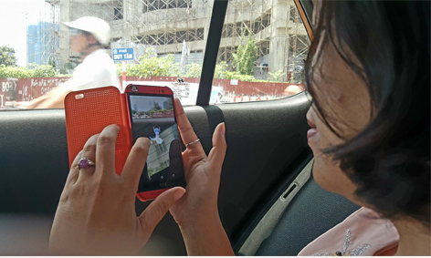 Taxis join the Pokemon hunt in Vietnam