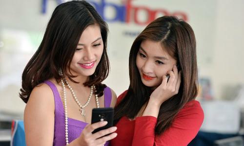 Singtel eyes stake in Vietnam's MobiFone