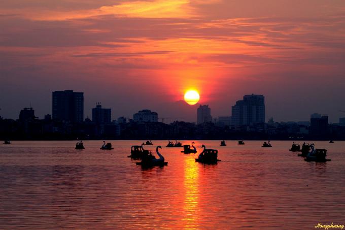 vietnams-most-beautiful-lakes-1