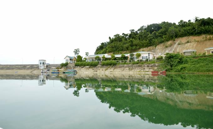 vietnams-most-beautiful-lakes-2