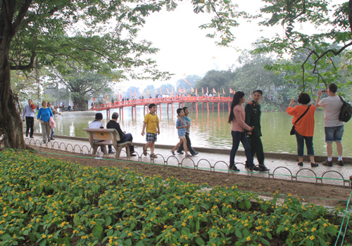 hanoi-to-widen-walking-area-around-hoan-kiem-lake-starting-september-1
