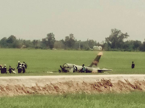 Military aircraft crash kills 1 in central Vietnam: official