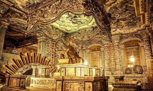 East meets West at Vietnamese Emperor's tomb