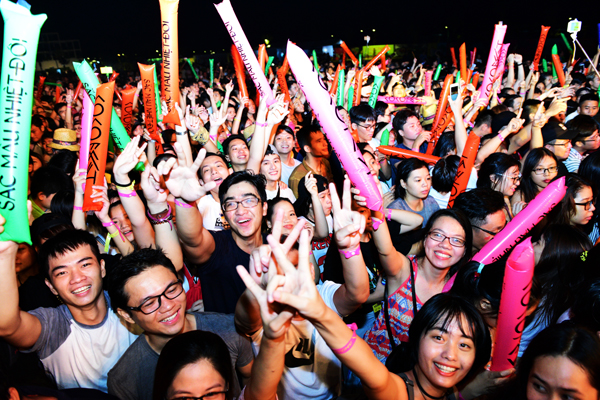 cocofest-in-da-nang-attracts-a-crowd-of-10-000-8