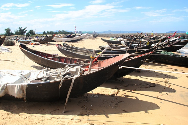vietnamese-fishermen-remain-stuck-onshore-4-months-after-formosa-disaster