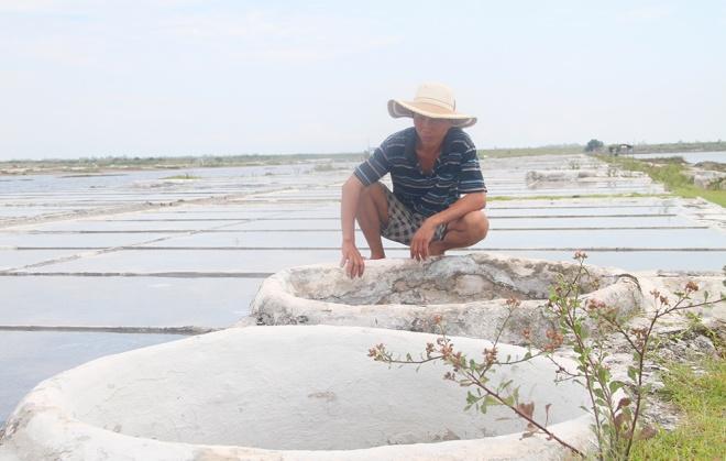 vietnamese-fishermen-remain-stuck-onshore-4-months-after-formosa-disaster-2