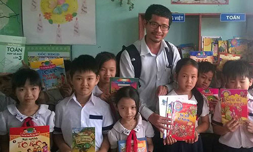 UNESCO honors Vietnamese man for his rural library revolution