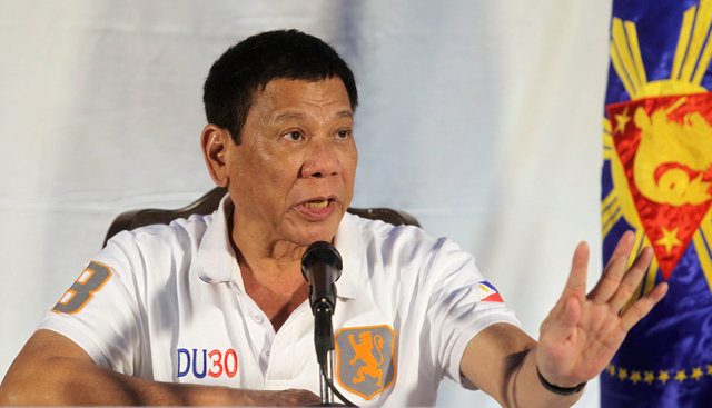 as-bodies-pile-up-in-philippines-many-fear-to-talk-about-dutertes-war