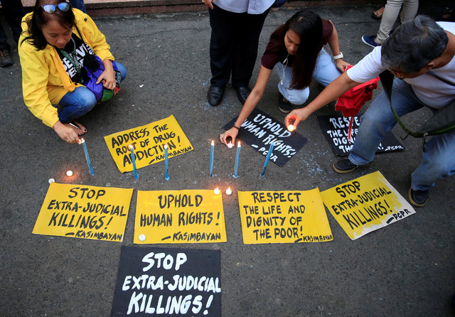 as-bodies-pile-up-in-philippines-many-fear-to-talk-about-dutertes-war-2