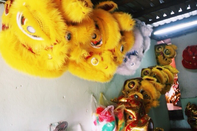 Each mid-autumn, Anhs workshop churns out an average of 3,000 lion heads, shipped mostly to Hanoi and Nghe An Province. The price for a standard head is around VND35,000 ($1.57), but some bespoke ones in big size can claim up to $50.