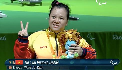 Weightlifter Dang Thi Linh Phuong. Photo by VnExpress
