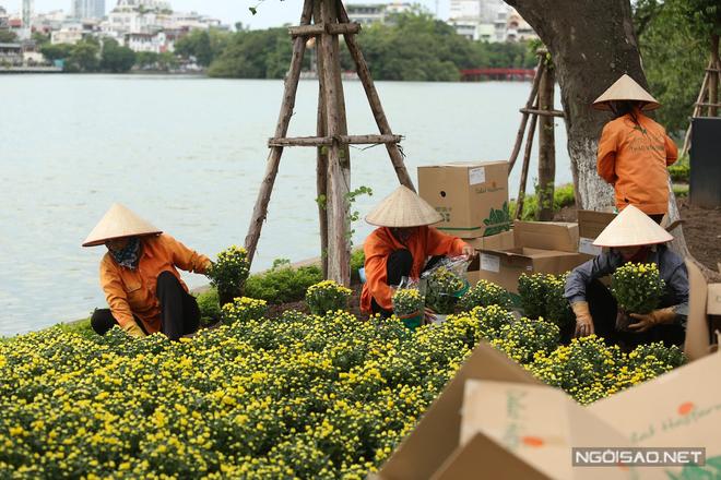 autumn-specialties-reach-hanoi-streets-10