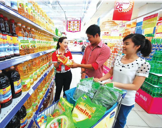 korean-retailer-teams-up-with-vietnams-satra-on-food-industry-venture