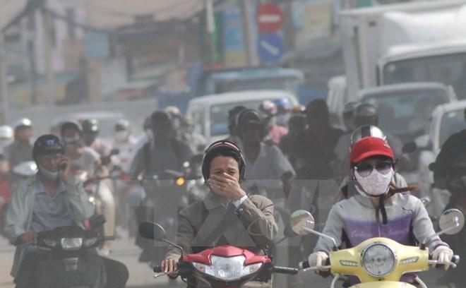 Saigon air approaches 'cigarette smoke' as Fall begins
