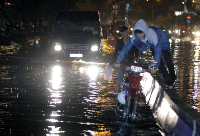 saigon-and-flooding-a-match-made-in-hell-6