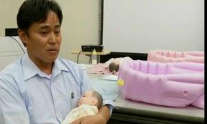 Baby care classes designed for single men in Tokyo