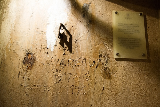 inside-wartime-bomb-shelter-under-famous-hanoi-hotel-5