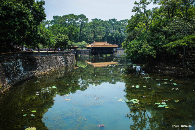 The mausoleum sits in a small valley of the central city of Hue, and with its sophisticated architecture, is agreed to be the best looking among its kind.