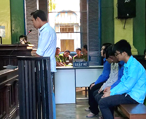 Vietnam cop jailed for fatal attack on traffic violator