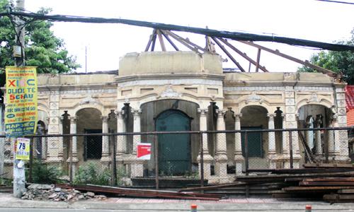 Saigon dooms hundreds of old villas to demolition