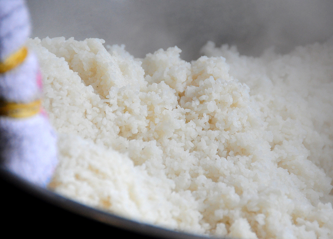 Son Nam, a famous writer and cultural researcher, said broken rice is the popular dish of the working class in the Mekong Delta. When these workers migrated to urban areas, they brought with them the dish and kept changing it. But the use of the small grains, which are actually fragments of rice grains broken by milling or during drying, remains unchanged. Like normal rice, broken rice is boiled or steamed. The perfectly cooked broken rice is dry and should not be sticky.